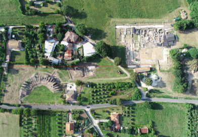Archeologi Unisalento portano alla luce tre teste di marmo di età romana