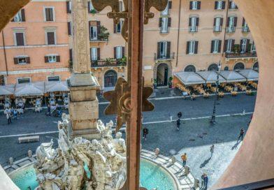 Roma da Palazzo Phampilj gli scatti in e out di Zavattari