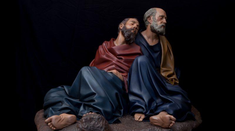 L'arte di Arturo Serra Gomez gli Apostoli dormienti