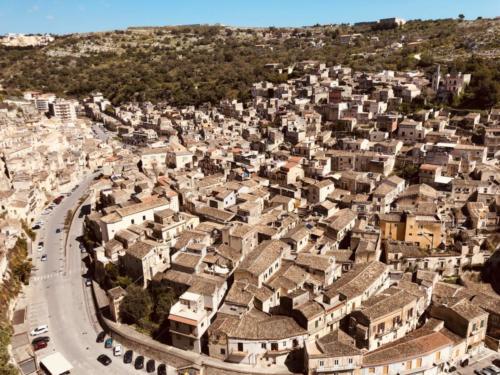 Veduta di Modica dal Castello della contea , Giacomo Vespo