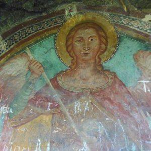 Anonimo maestro, San Michele Arcangelo, XIV sec., Lagonegro, grotta sottostante i resti del castello cittadino (foto di Milena Falabella)