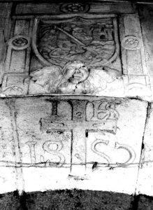 Stemma cinquecentesco cittadino di Lagonegro, con San Michele Arcangelo che uccide il drago (foto di Milena Falabella)